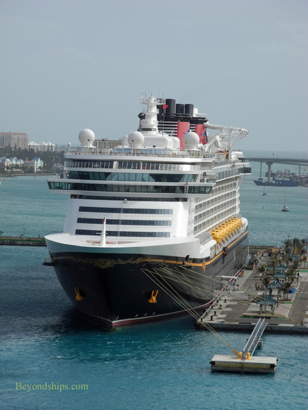 Cruise ship Disney Dream
