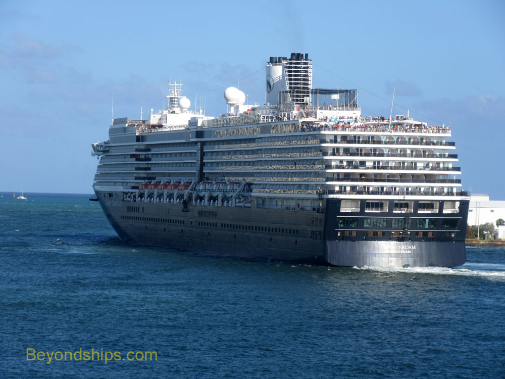 Cruise ship WesterdamPicture