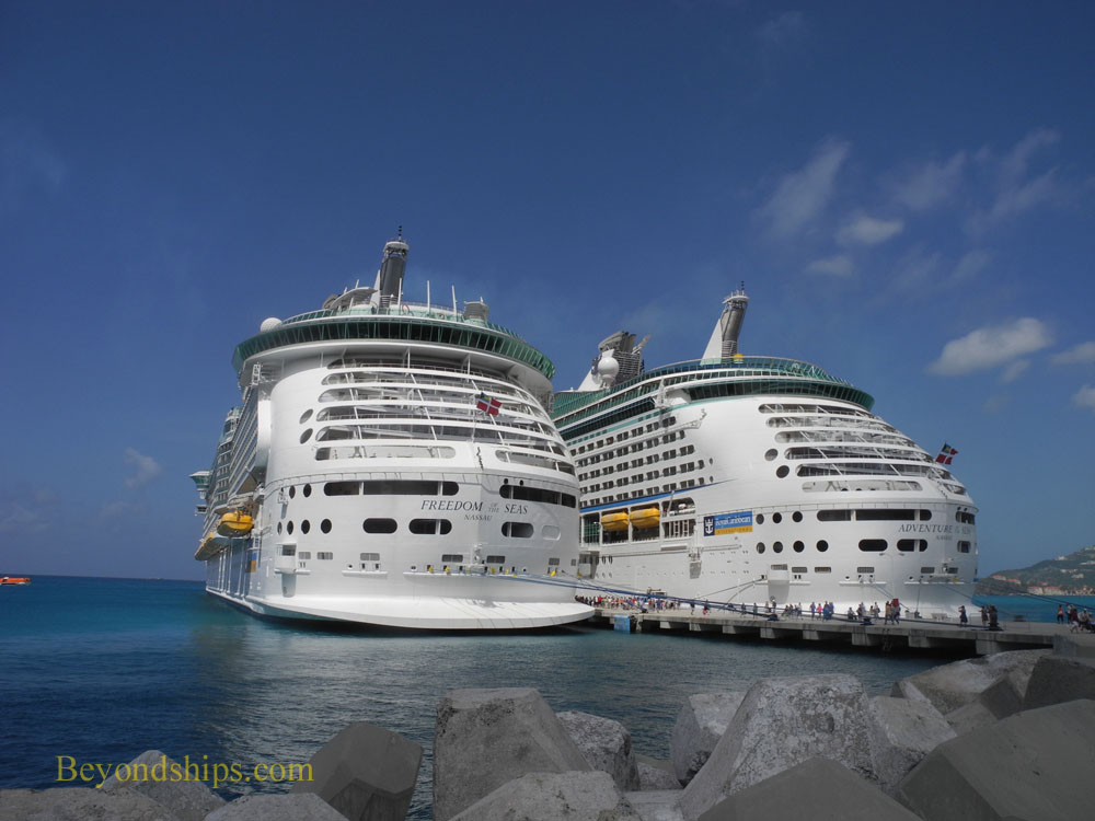 Cruise ships Freedom of the Seas and Adventure of the Seas