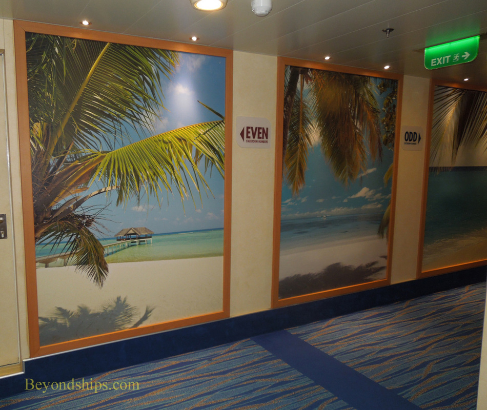 Picture interior cruise ship Carnival Breeze