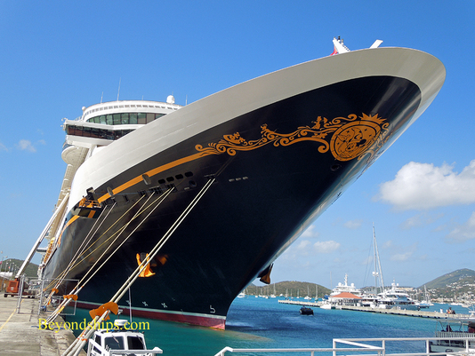 Cruise ship Disney Fantasy