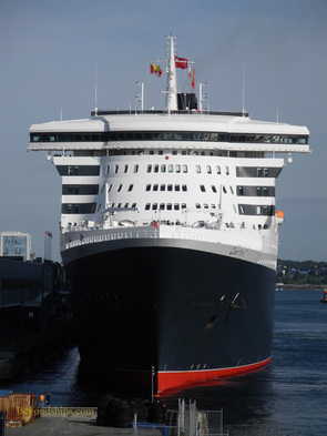 Picture Queen Mary 2