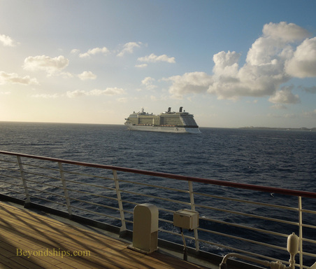 Picture cruise ship Celebrity Eclipse