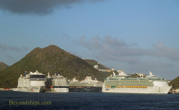 Cruise ships Independence of the Seas, Norwegian Epic, Celebrity Reflection and Mein Schiff 1.