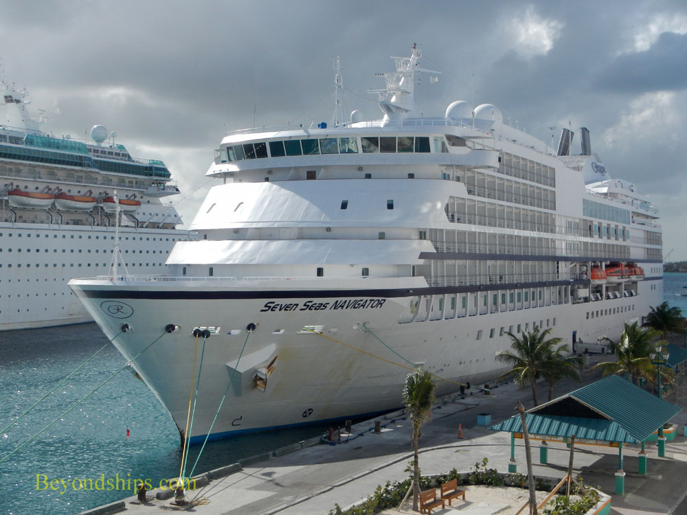 Cruise ship Seven Seas Navigator