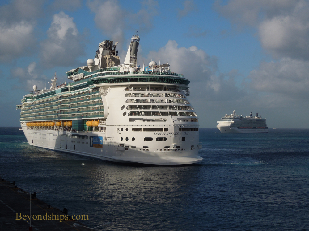 Picture Independence of the Seas cruise ship and Celebrity Reflection