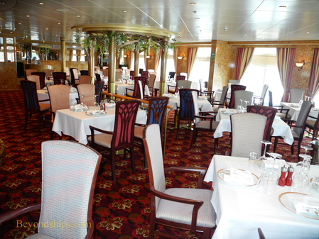 Le Bistro on cruise ship Norwegian Sun