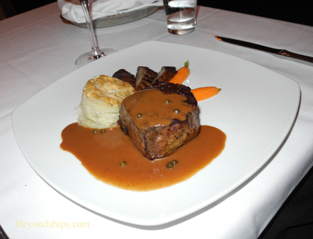Picture meal at Le Bistro on Norwegian Epic cruise ship