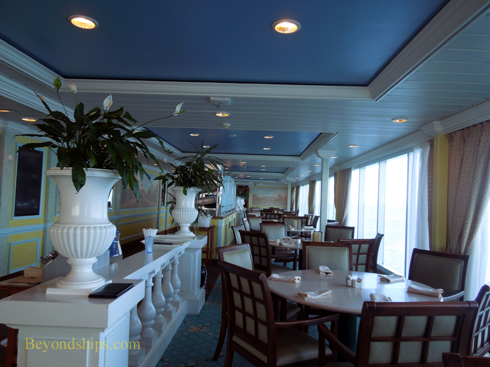 The Panorama Restaurant on cruise ship Ocean Princess