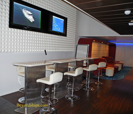 Picture Picture studio lounge on Norwegian Epic cruise ship