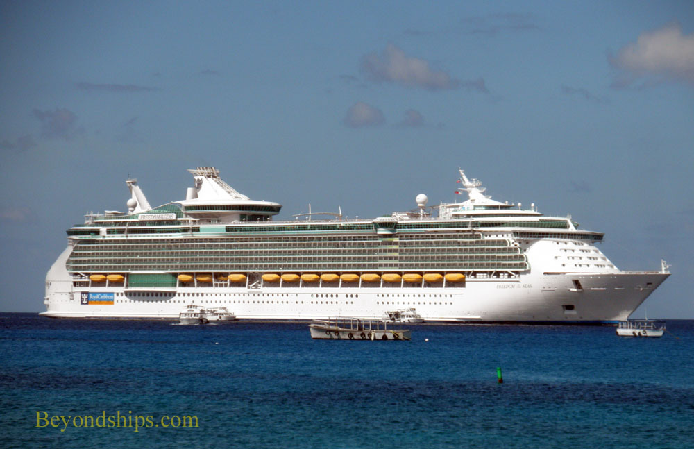 Freedom of the Seas in Grand Cayman