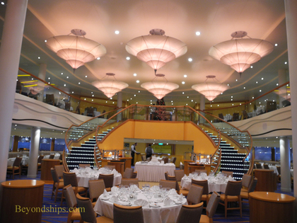 Picture Sapphire Restaurant on cruise ship Carnival Breeze